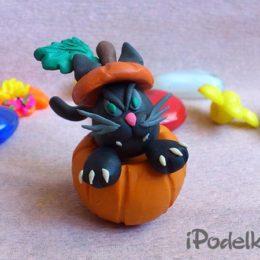 Черный кот в тыкве к хэллоуину
